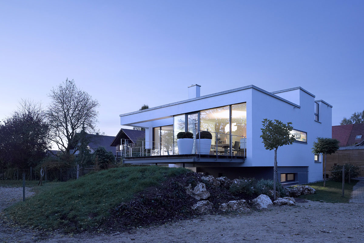 Evening Lights, Contemporary Split Level Home in Aalen, Germany
