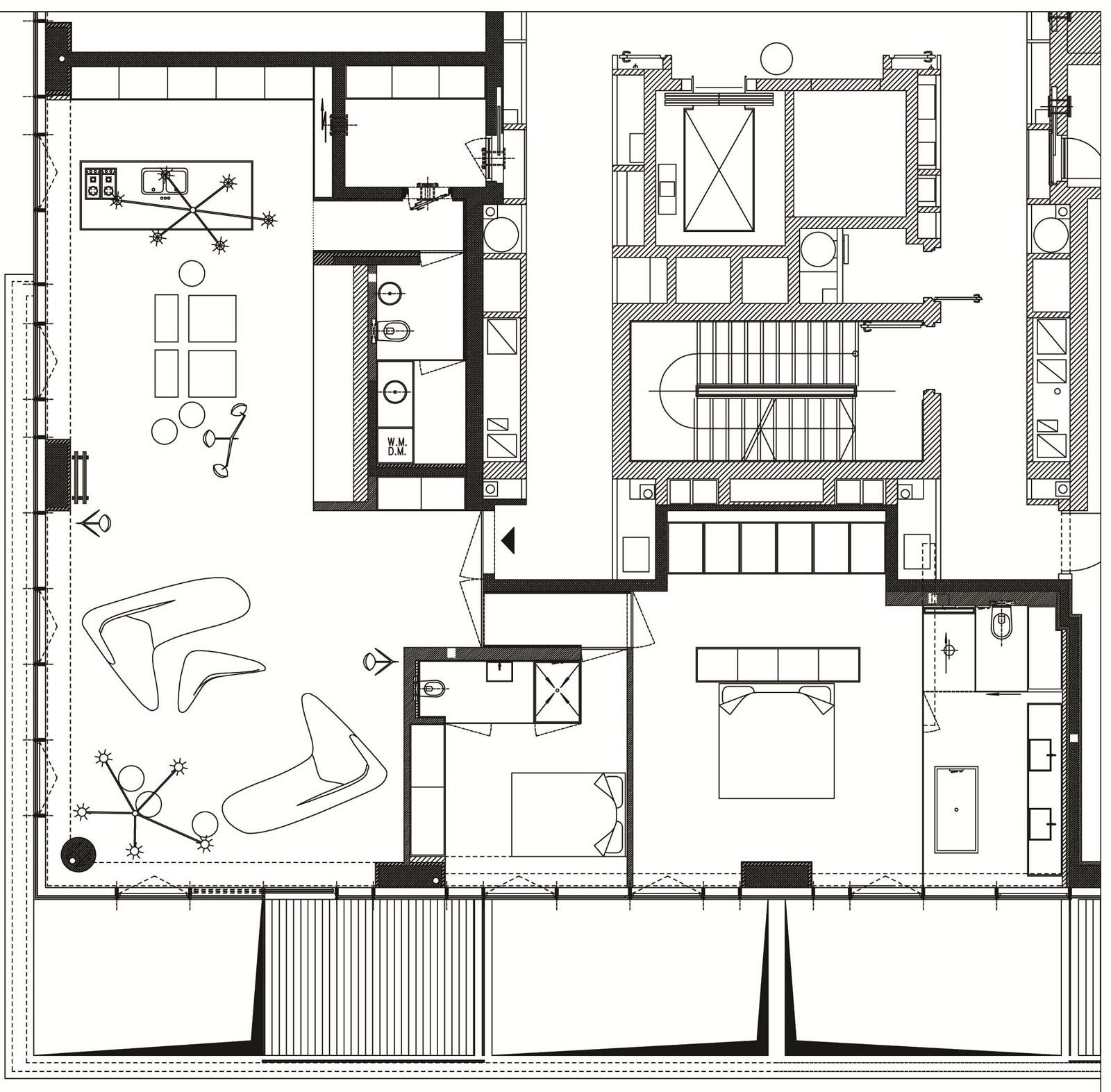 Floor Plan, Elegant Apartment with Reflective Ceiling in Tel Aviv, Israel