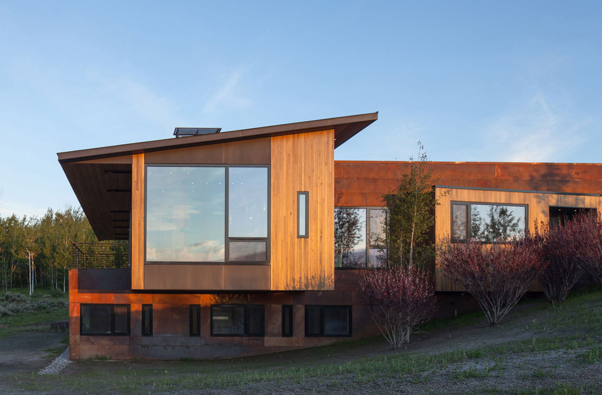 Glass & Wood Hillside House in Jackson, Wyoming