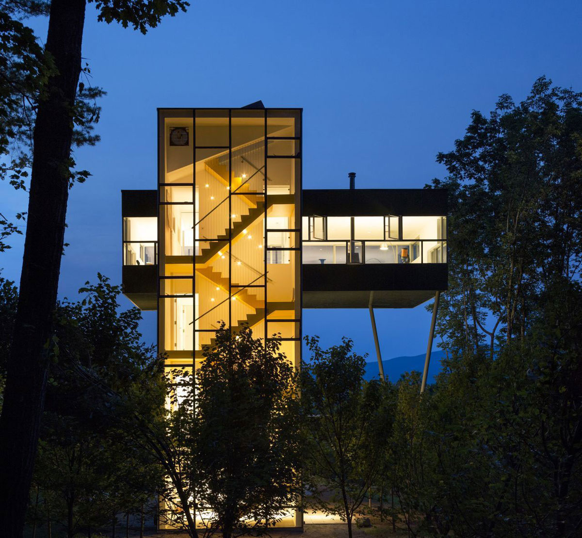 Lights, Evening, Unique Treetop Home in Upstate New York