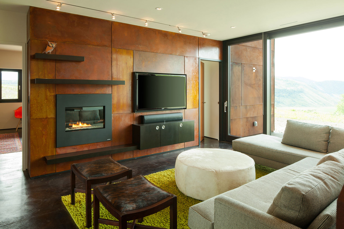 Living Space, Fireplace, Patio Doors, Hillside House in Jackson, Wyoming