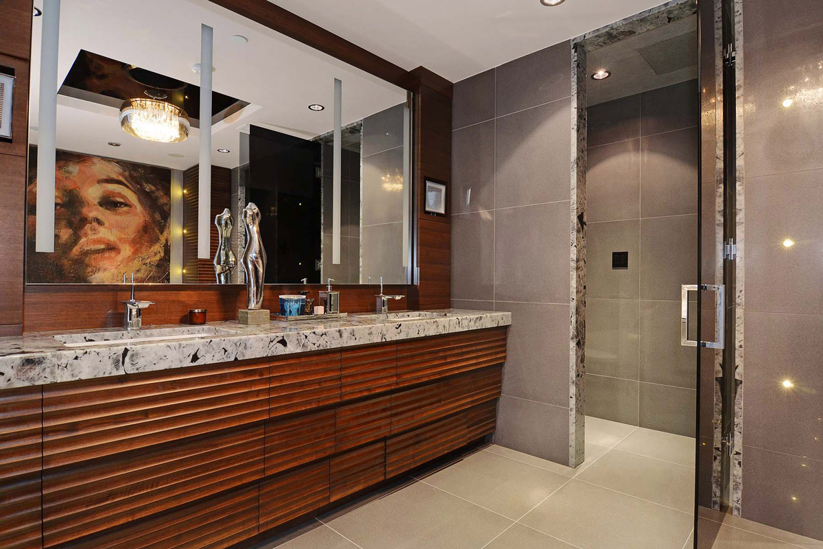 Marble Sink, Large Mirror, Bathroom, Beautiful Apartment with Amazing Views in Vancouver, Canada