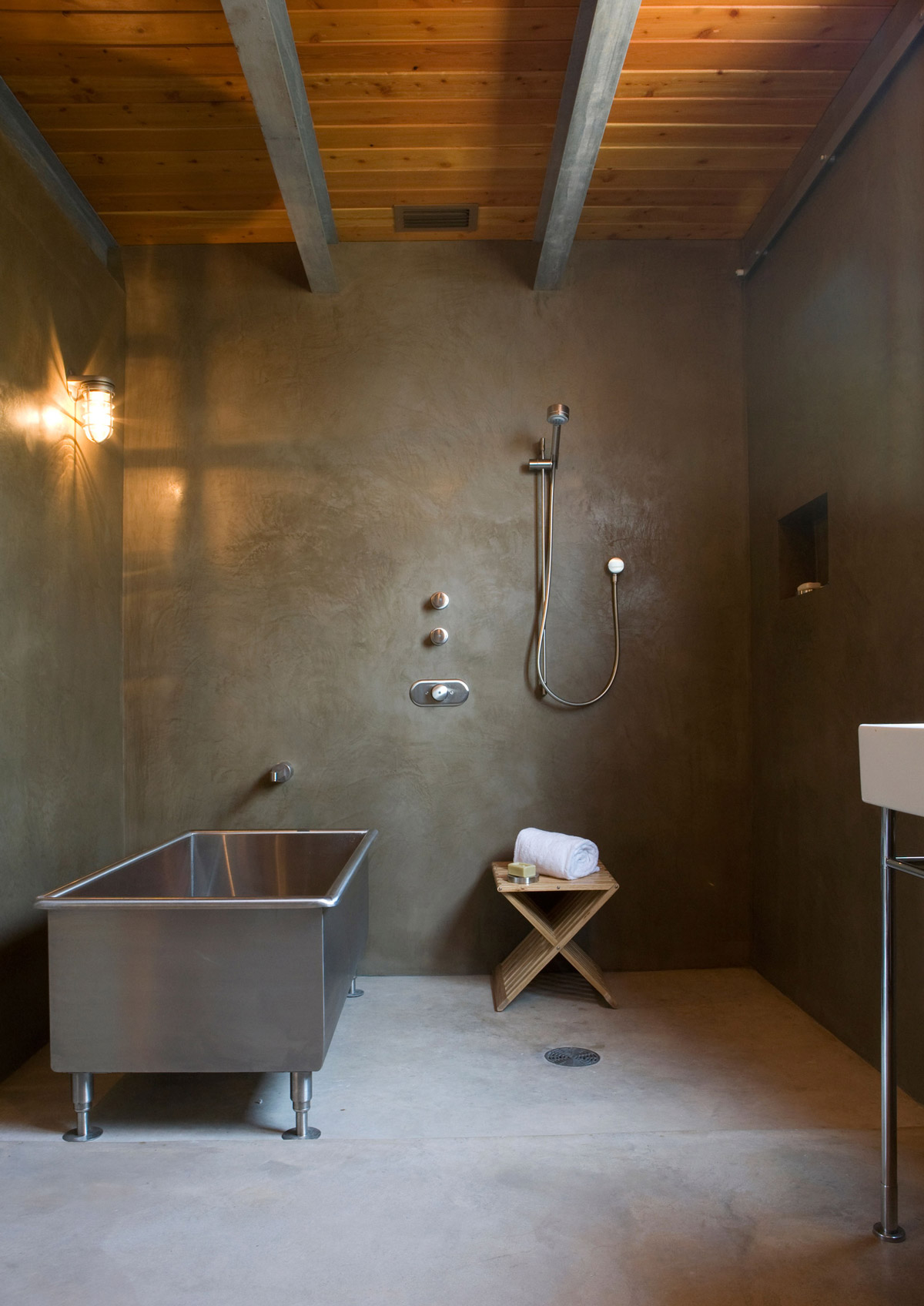 Metal Bath Tub, Bathroom, Simple Eco-Friendly Home Perched Above ...