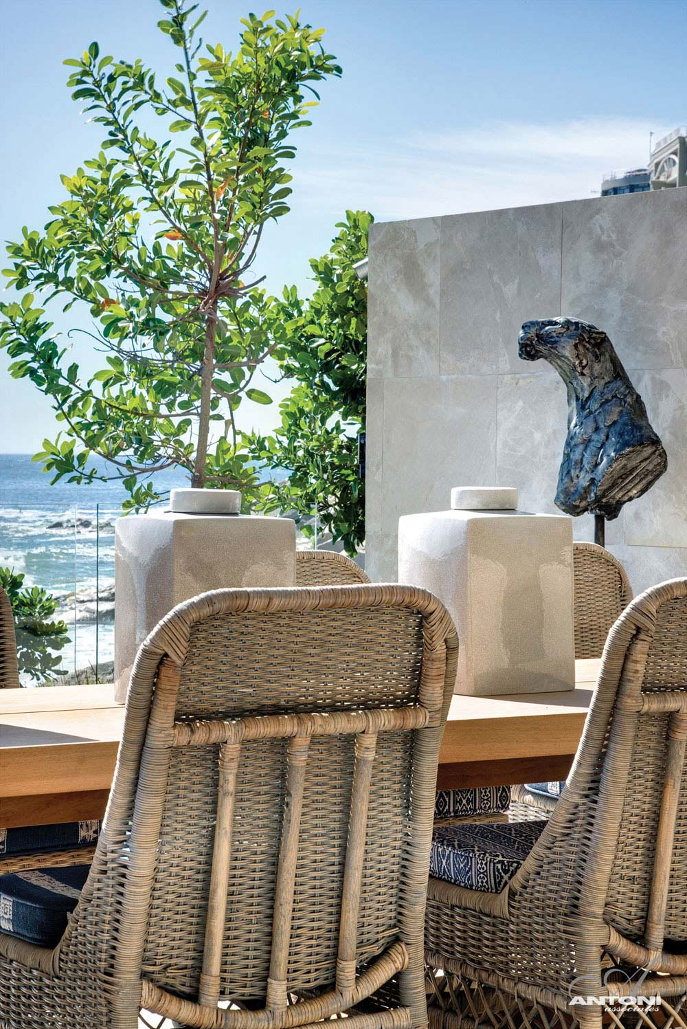 Outdoor Living, Art, Seaside Home in Clifton Beach, Cape Town