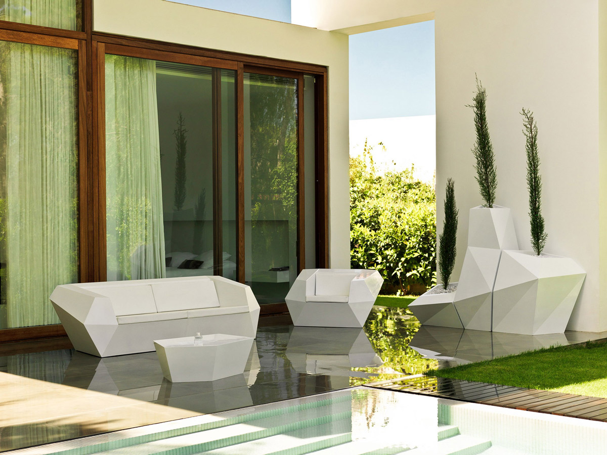 Outdoor Living Space, Contemporary Home in Valencia, Spain