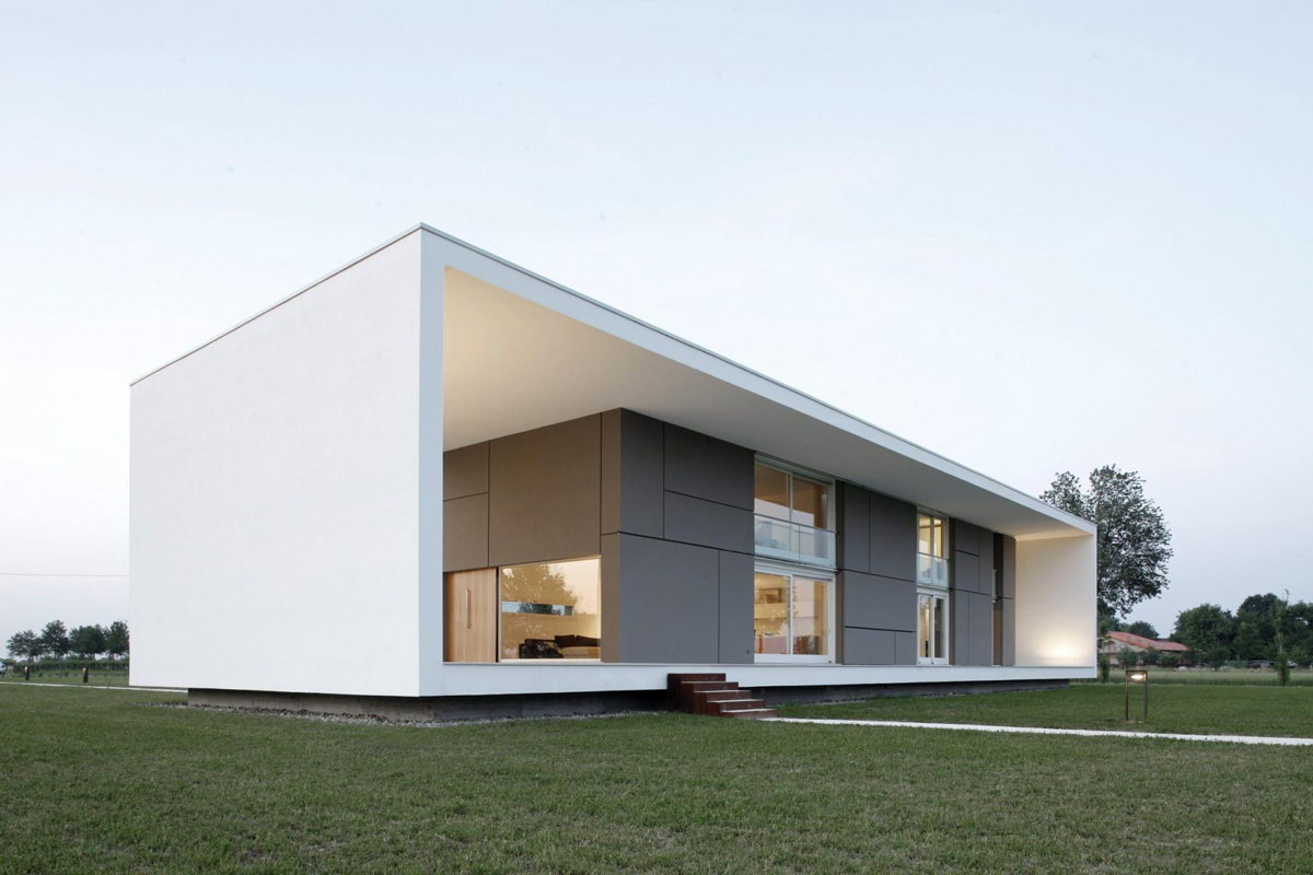 Patio Doors, Glass Walls, Modern Eco-Friendly Home in Castelnovo di Sotto, Italy
