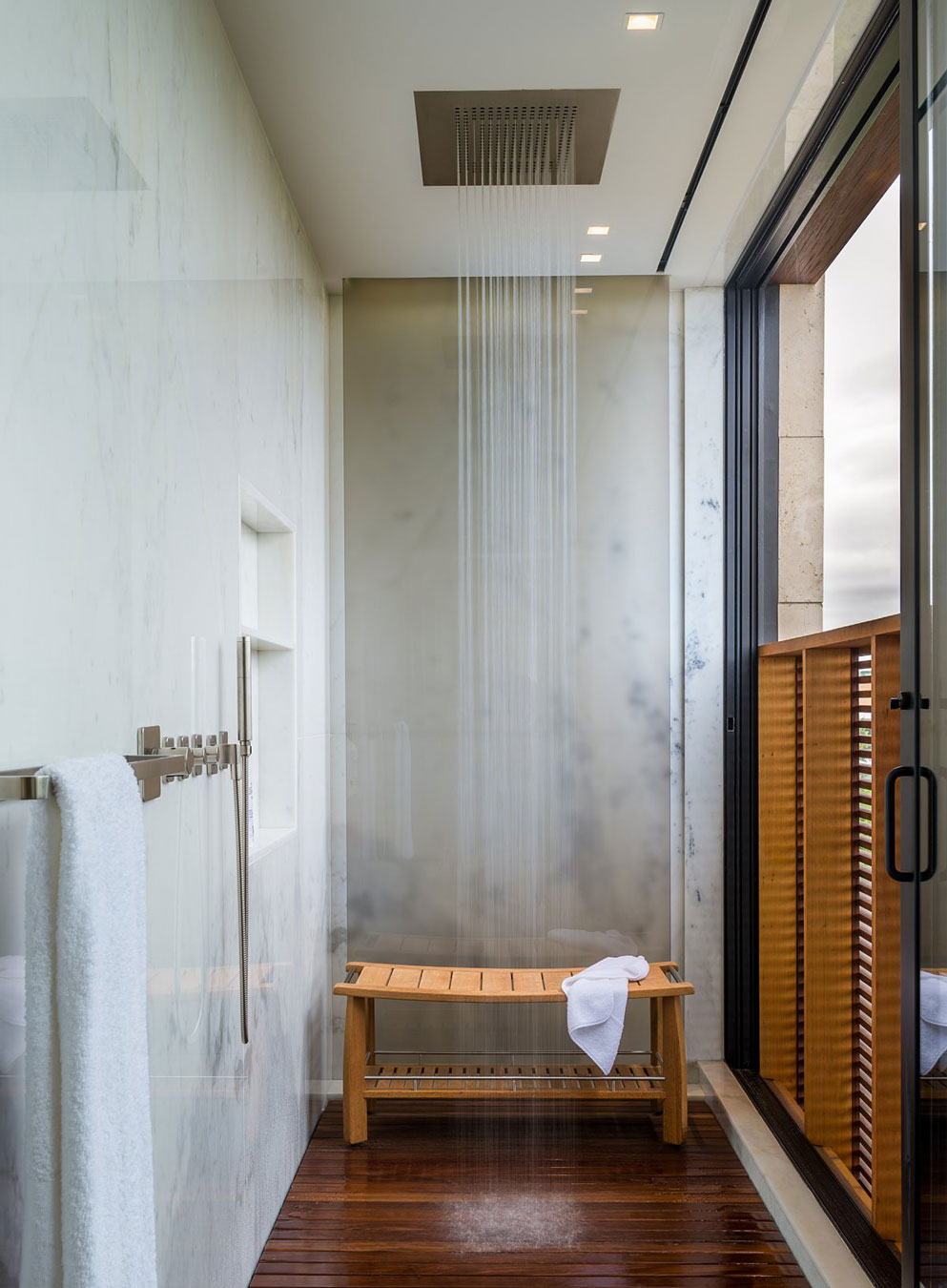 Shower Room, Oceanfront Home in Sagaponack, New York
