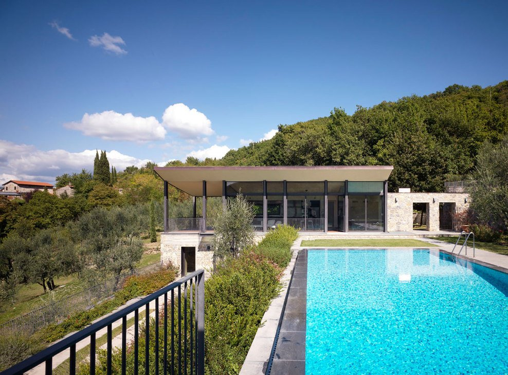 Swimming Pool, Modern Home in Prato, Italy