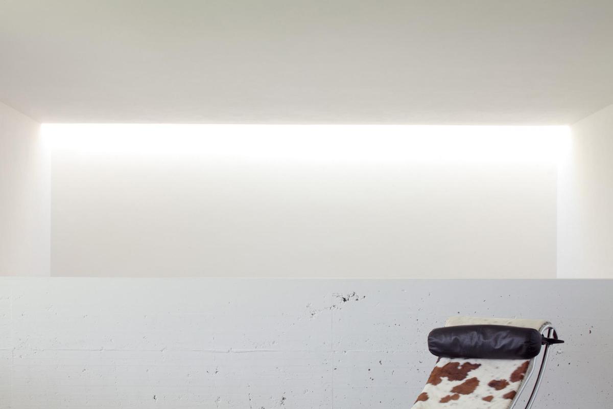 White Walls, Modern Eco-Friendly Home in Castelnovo di Sotto, Italy