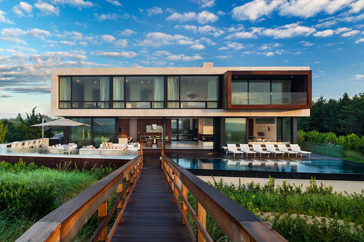 Oceanfront Home on Long Island, New York