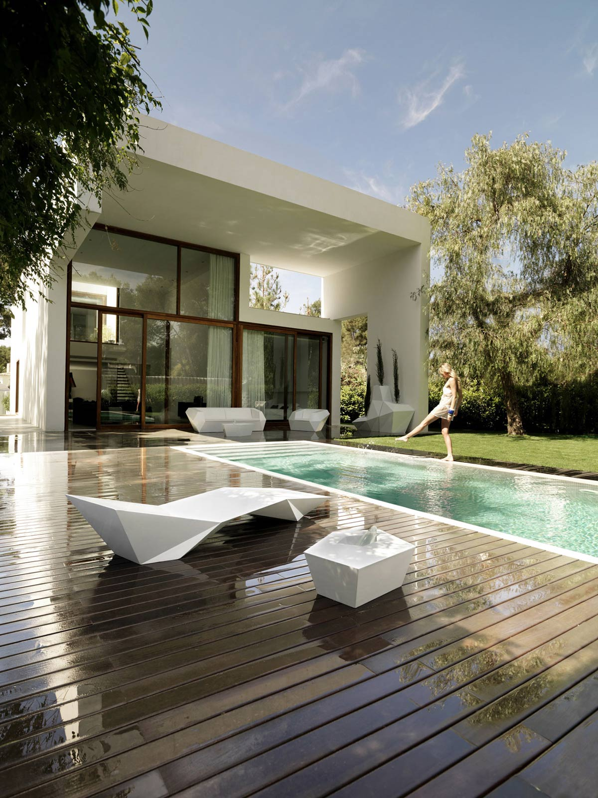 Wooden Terrace, Outdoor Swimming Pool, Contemporary Home in Valencia, Spain