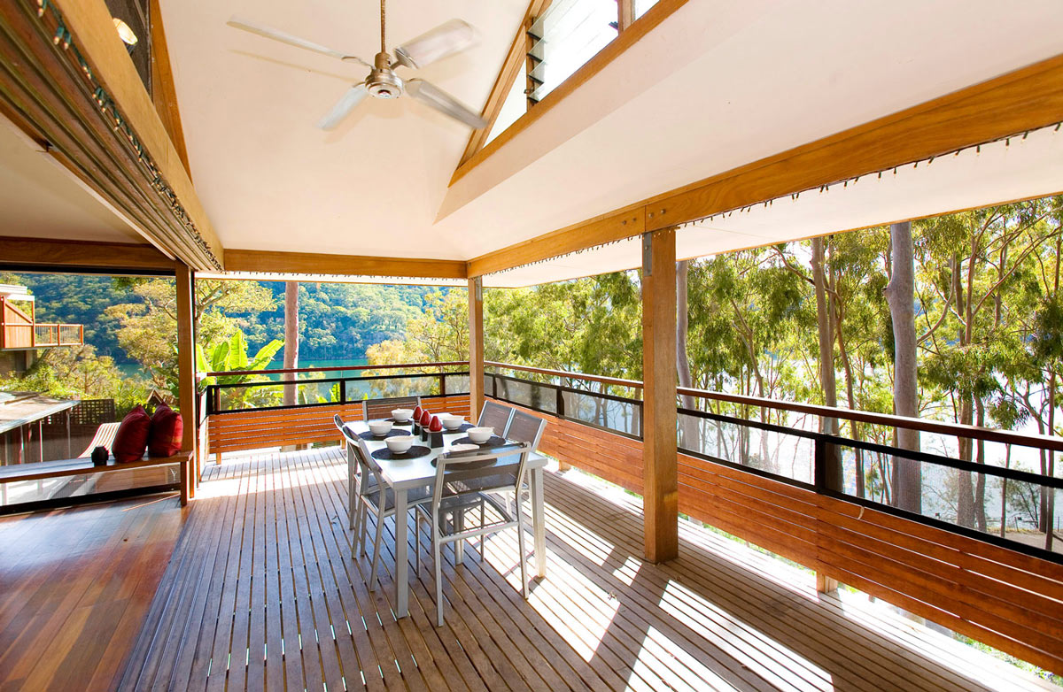 Balcony, Dining Space, Treetops Holiday Home in Sydney, Australia