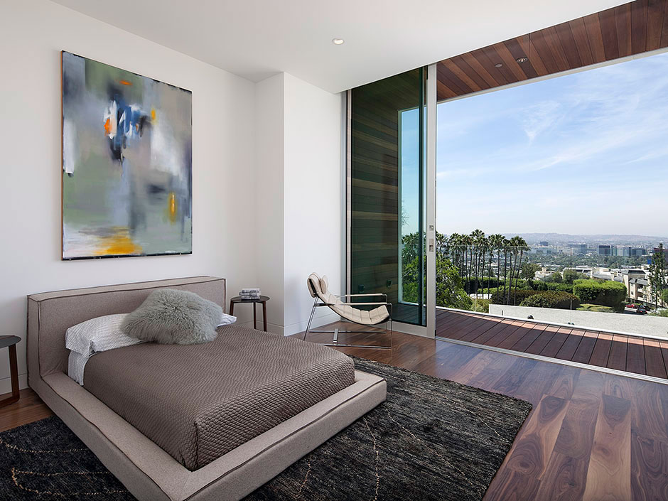 Bedroom balcony city views magnificent modern home on for California contemporary interior design