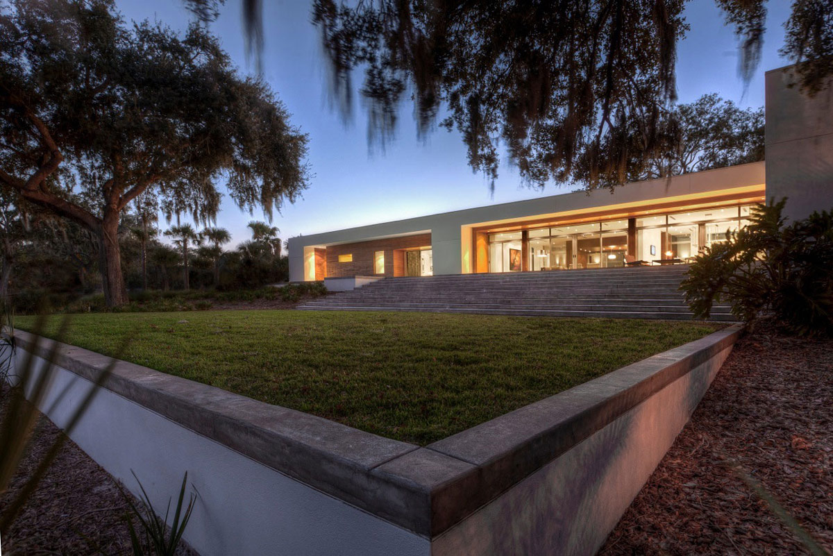 Garden, Eco-Friendly Contemporary Home in Winter Haven, Florida