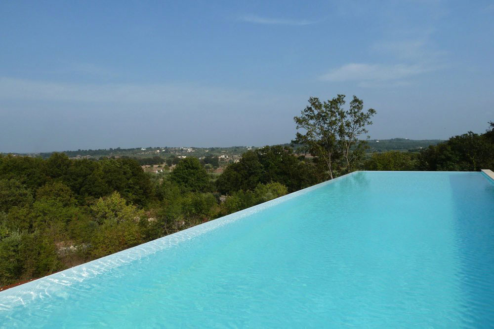 Infinity Swimming Pool, Holiday Home in Brindisi, Italy