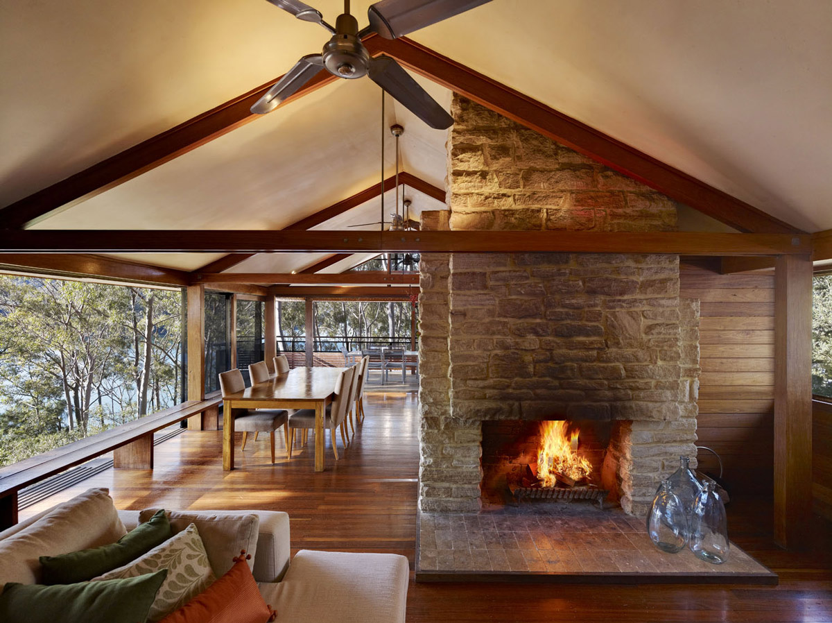 Open Stone Fireplace, Living & Dining Area, Treetops Holiday Home in Sydney, Australia