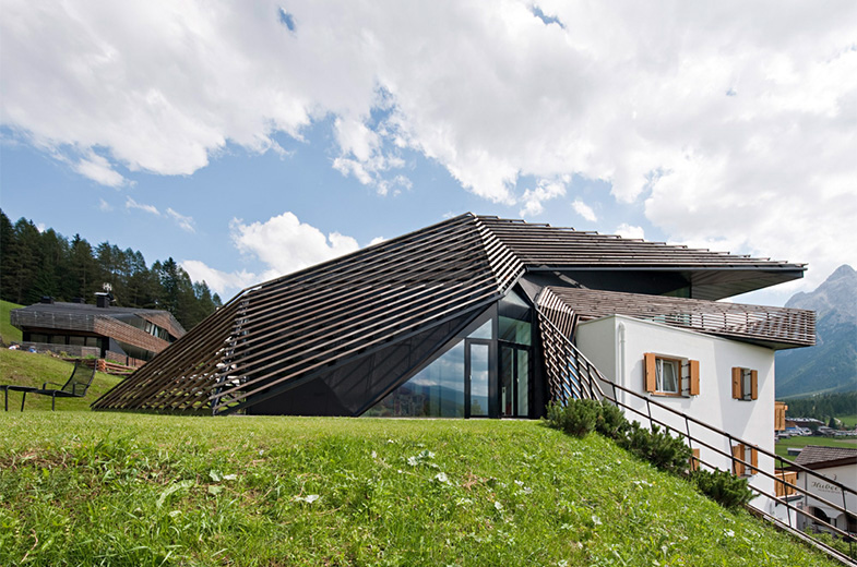 Side View, Paramount – Alma Residence in Sesto, Italy