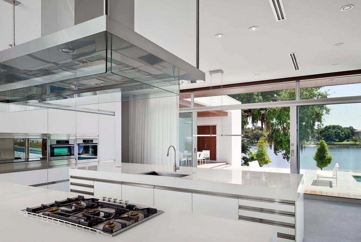 White Kitchen, Eco-Friendly Contemporary Home in Winter Haven, Florida