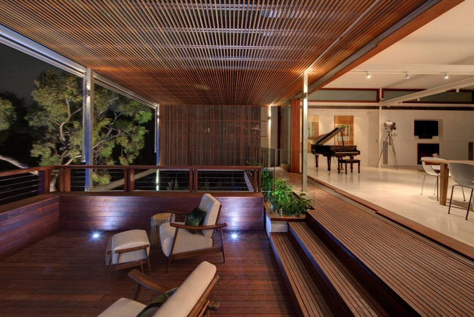 Balcony, Living Space, Modern Waterfront Home in Sydney, Australia