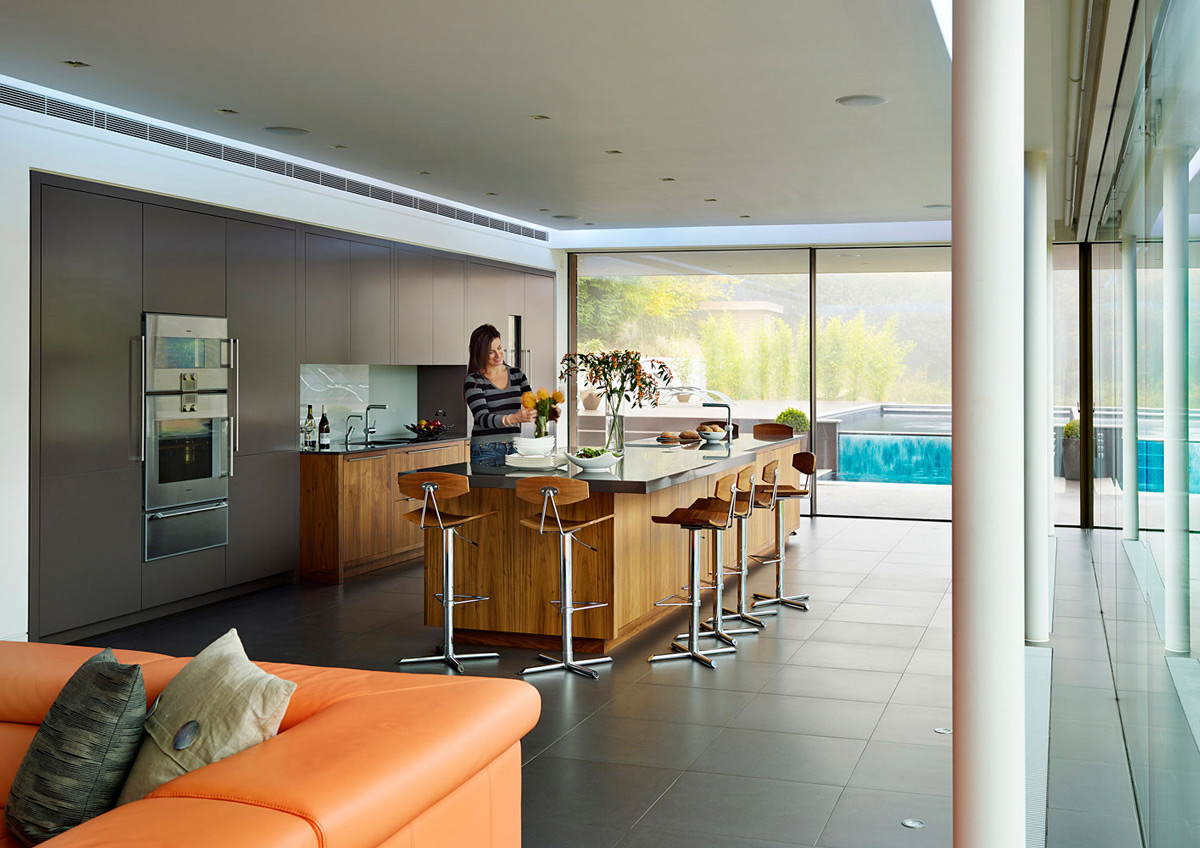Breakfast Bar, Kitchen, Eco-Friendly Modern Home in Tandridge, England