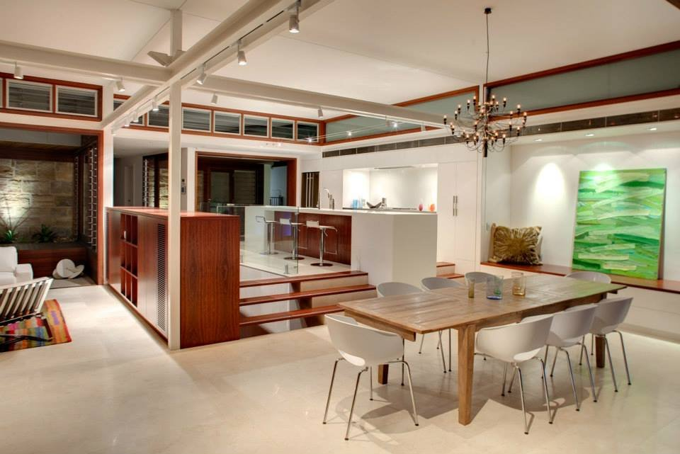 Dining Table, Kitchen, Modern Waterfront Home in Sydney, Australia