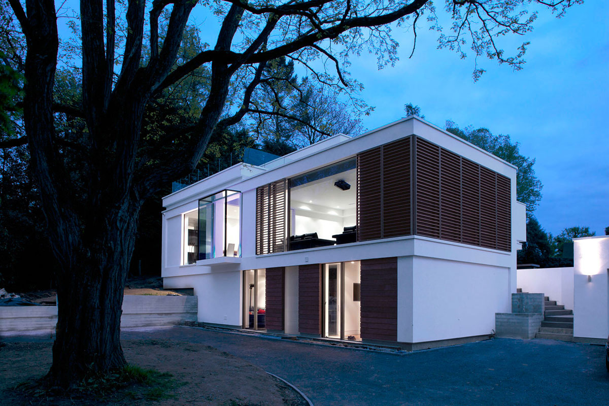 Drive, Evening, Eco-Friendly Modern Home in Tandridge, England