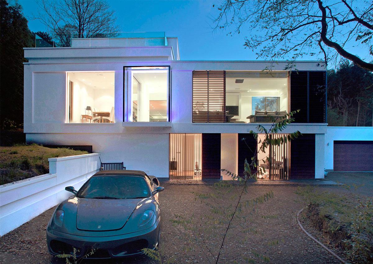 Driveway, Eco-Friendly Modern Home in Tandridge, England