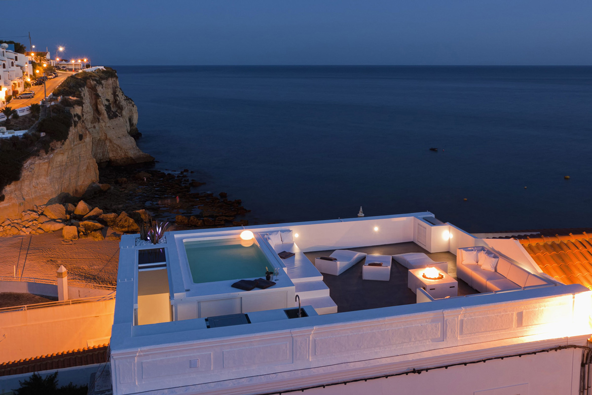 Evening Roof Terrace, Sea Views, Amazing Rooftop Terrace in Silves, Portugal