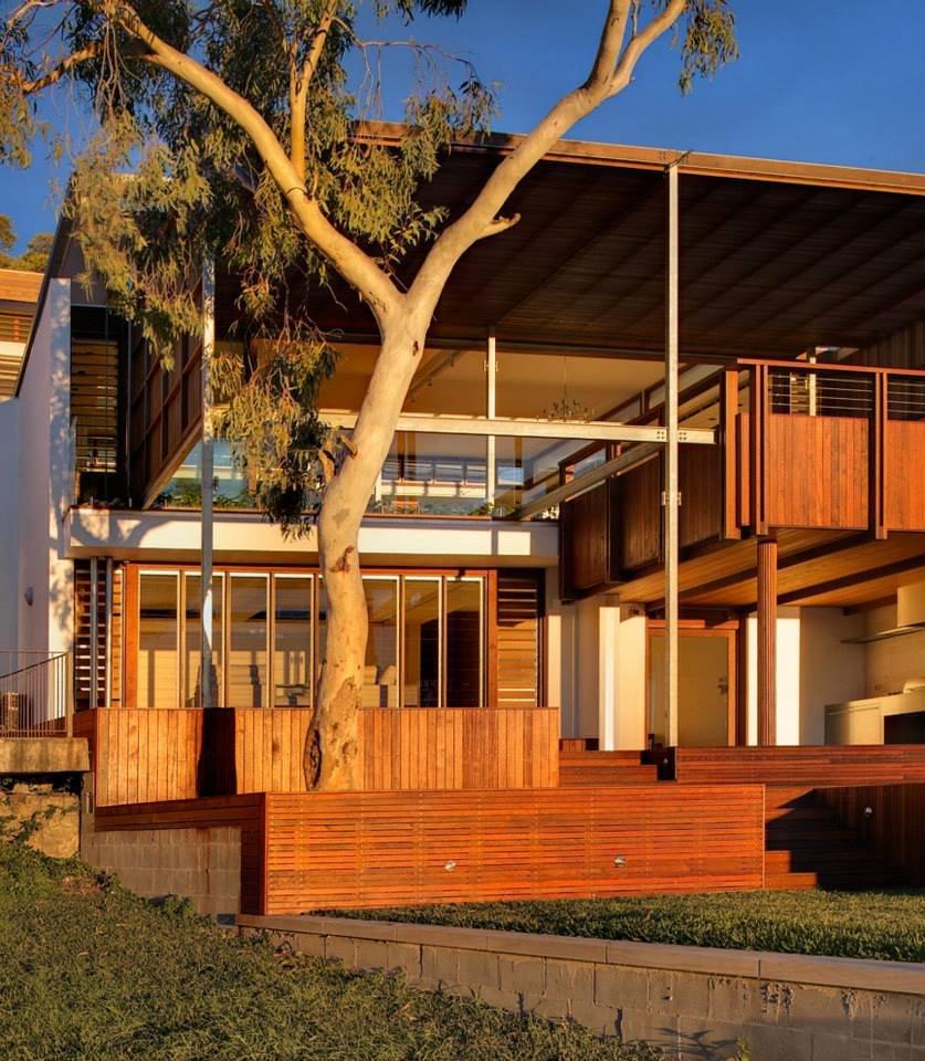 Garden, Wood Cladding, Modern Waterfront Home in Sydney, Australia