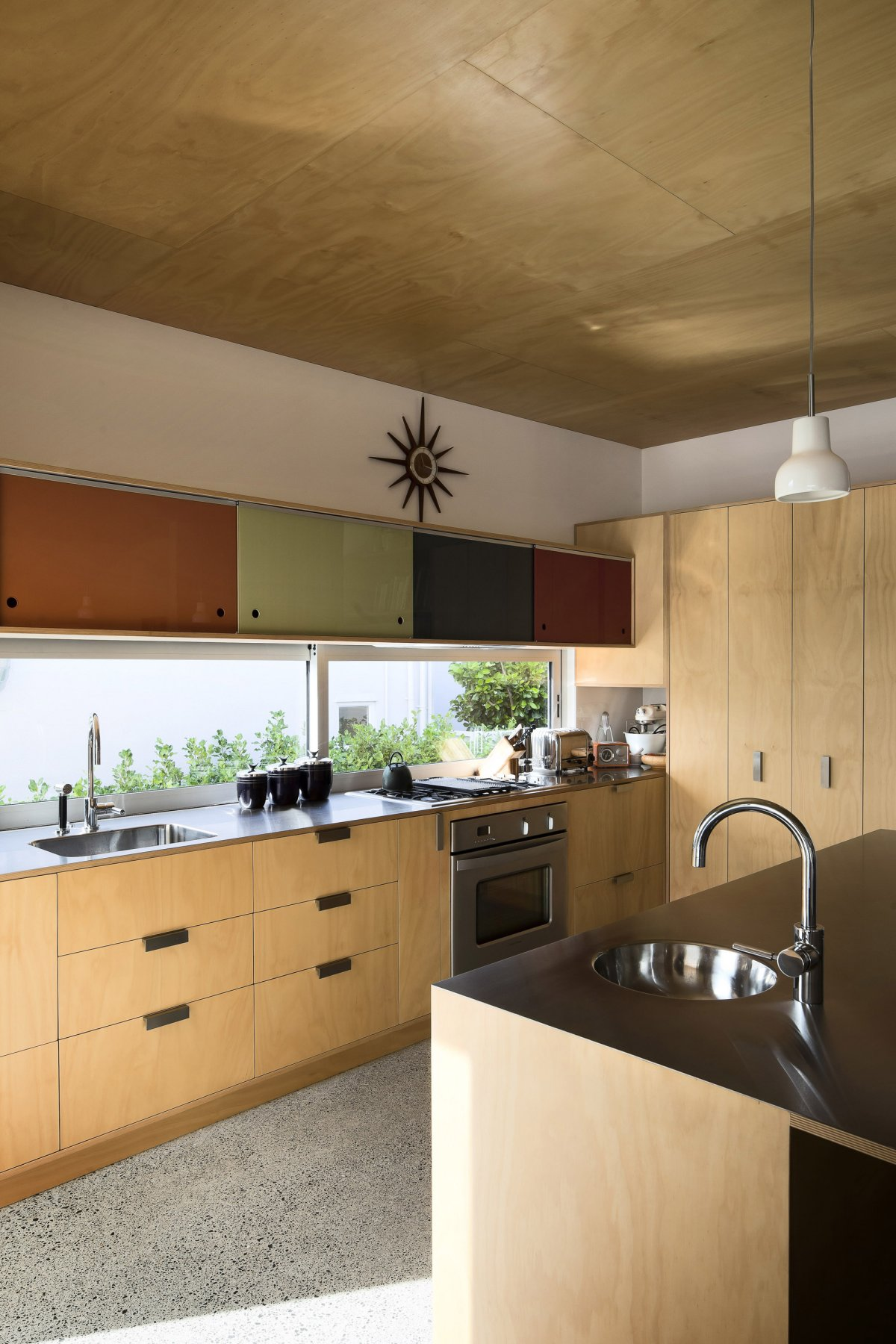 Kitchen 1950 60s Inspired Home In Auckland New Zealand