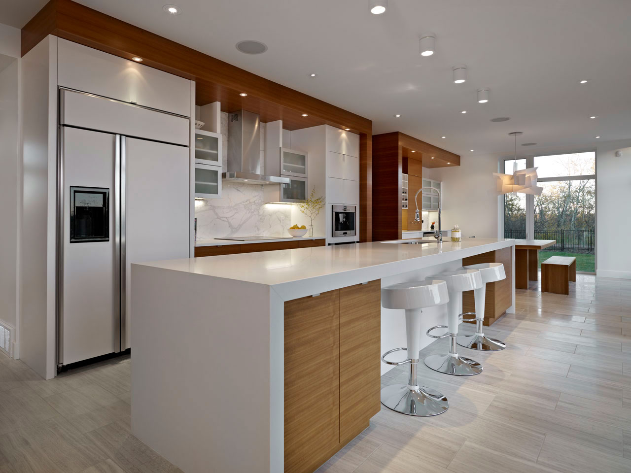 Kitchen, Breakfast Bar, Contemporary Home in Edmonton, Canada