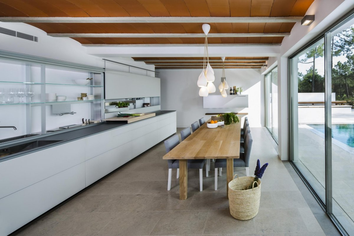 Kitchen, Dining Table, Modern Home in Quinta do Lago, Portugal