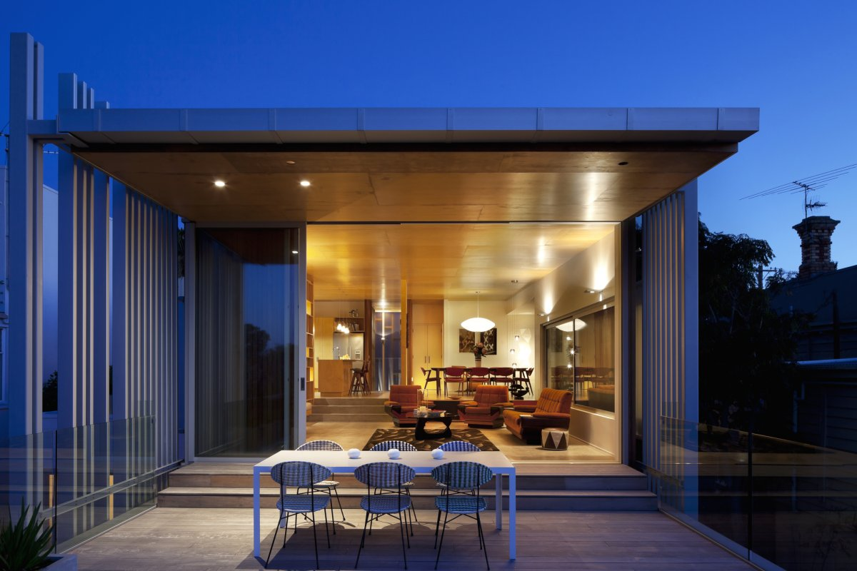 Outdoor Dining, Terrace, 1950-60s Inspired Home in Auckland, New Zealand