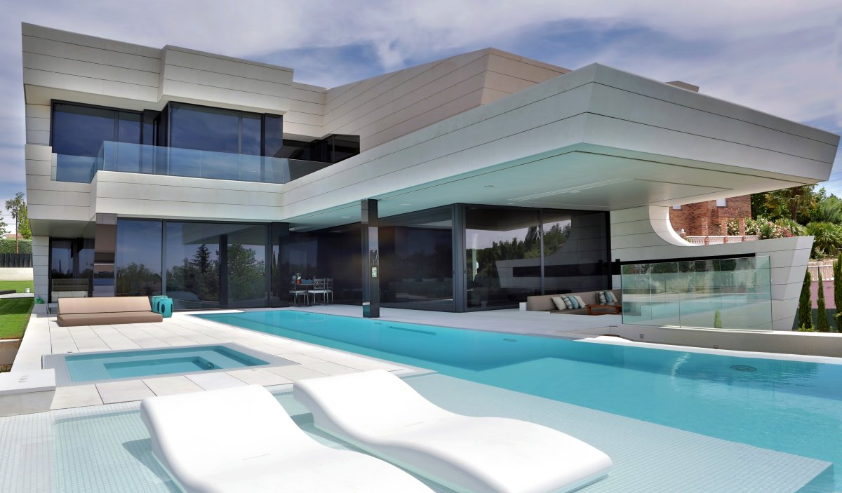 Outdoor Pool, Jacuzzi, Futuristic Home in Madrid, Spain