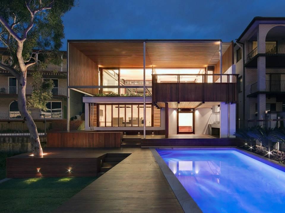 Modern Waterfront Home in Sydney, Australia