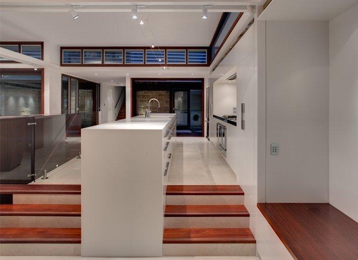 Raised Kitchen, Modern Waterfront Home in Sydney, Australia