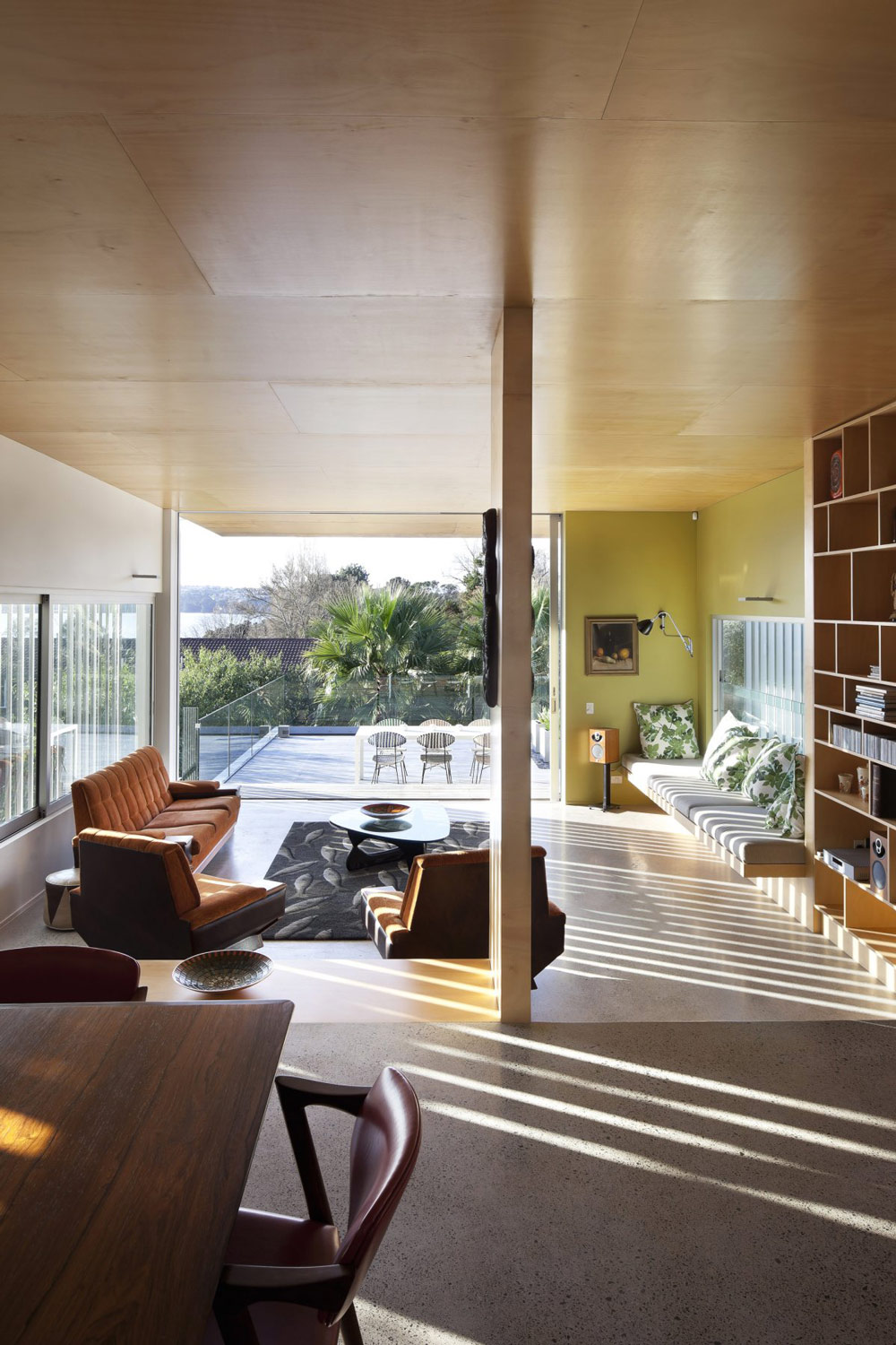 Sofas, Coffee Table, 1950-60s Inspired Home in Auckland, New Zealand