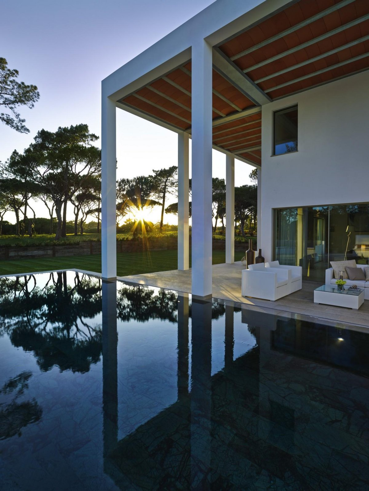 Swimming Pool, Terrace, Modern Home in Quinta do Lago, Portugal