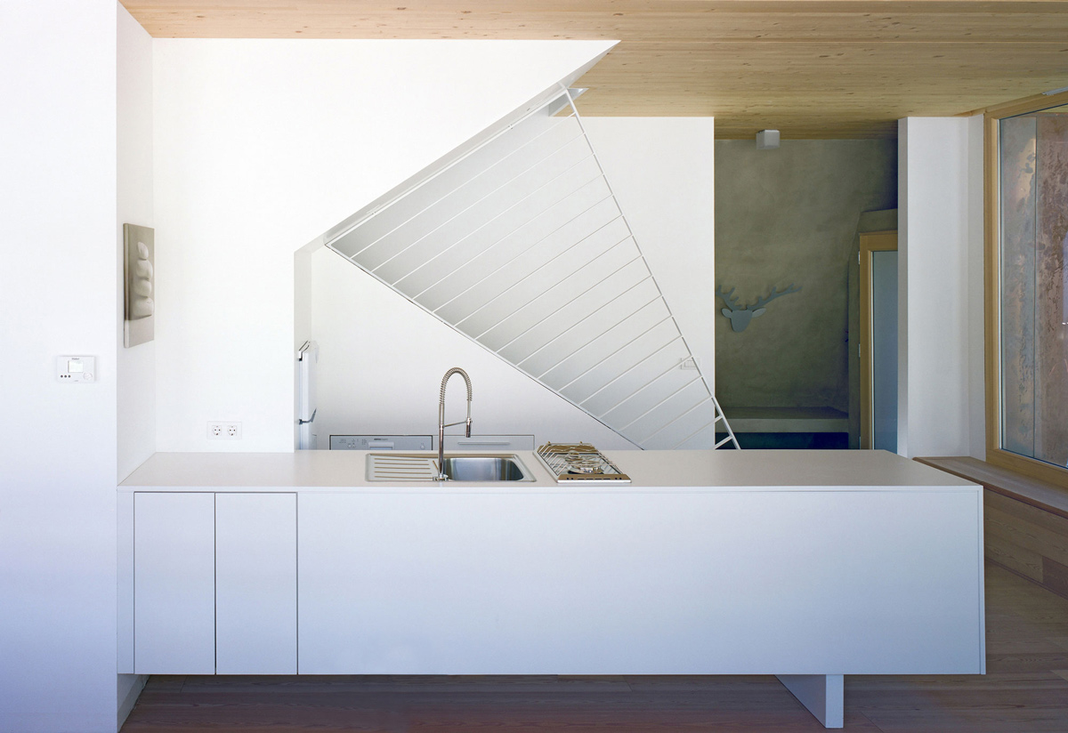 White Kitchen, Apartment House in Ybbsitz, Austria