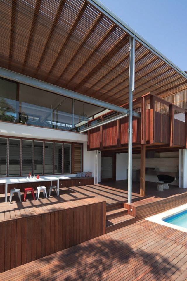 Wood Deck, Modern Waterfront Home in Sydney, Australia