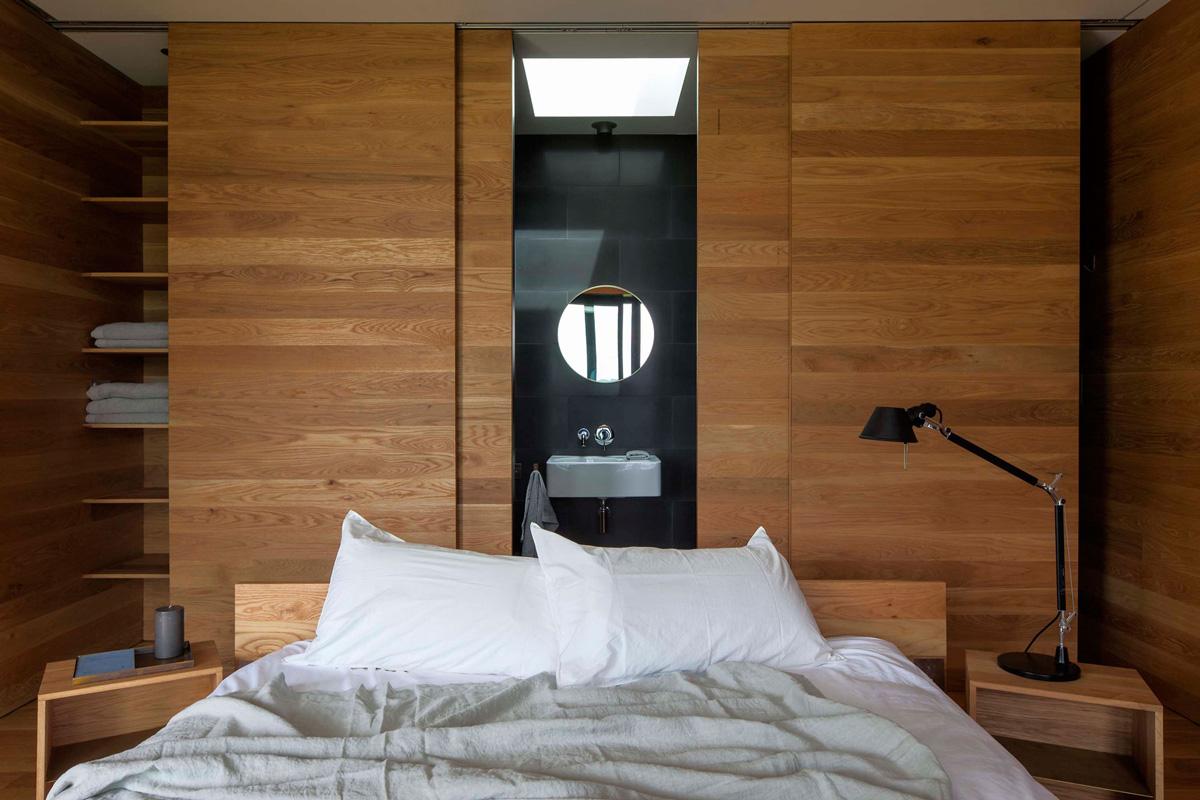 Bedroom, Bathroom, Cottage on Great Barrier Island, New Zealand