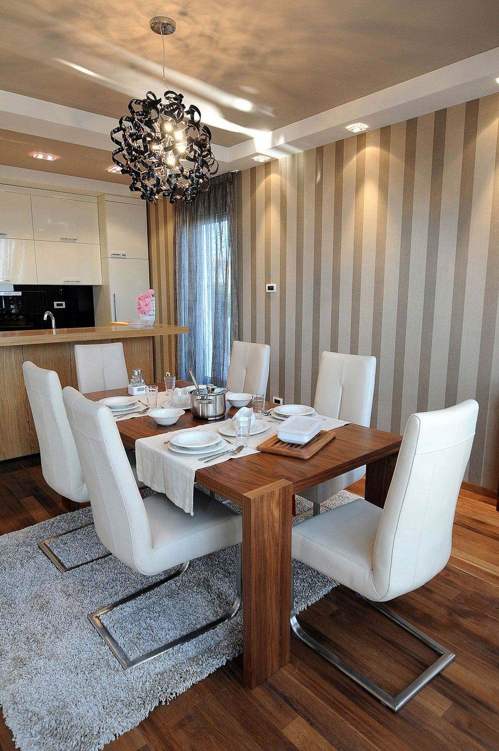 Dining Table, Lighting, Kitchen, Penthouse in Belgrade, Serbia