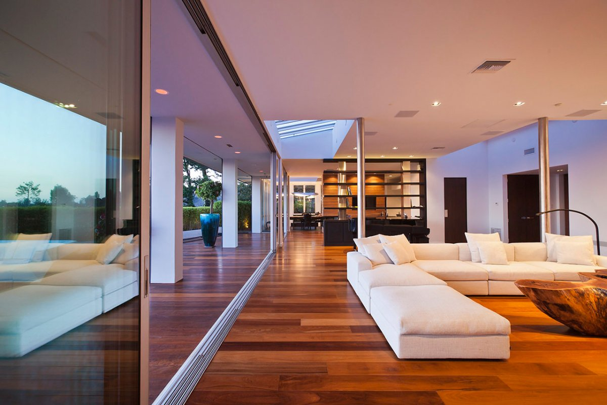 Indoor & Outdoor Merge, Glass Walls, Renovation of a Hal Levitt Home in Beverly Hills
