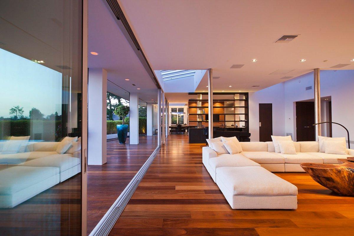 Indoor & Outdoor Merge, Glass Walls, Renovation of a Hal Levitt Home in Beverly Hills