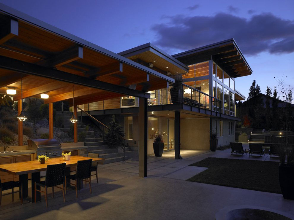 Outdoor Kitchen, Dining Table, Lighting, Veranda, Stunning Home on the Columbia River in Washington