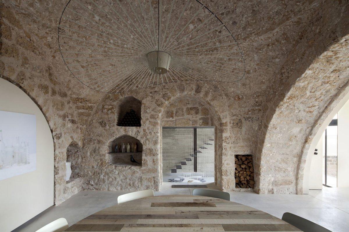 Contemporary Renovation in Old Jaffa, Tel Aviv