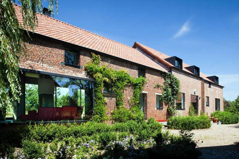 Barn Renovation, Glass Walls, Farmhouse Renovation in Lennik, Belgium