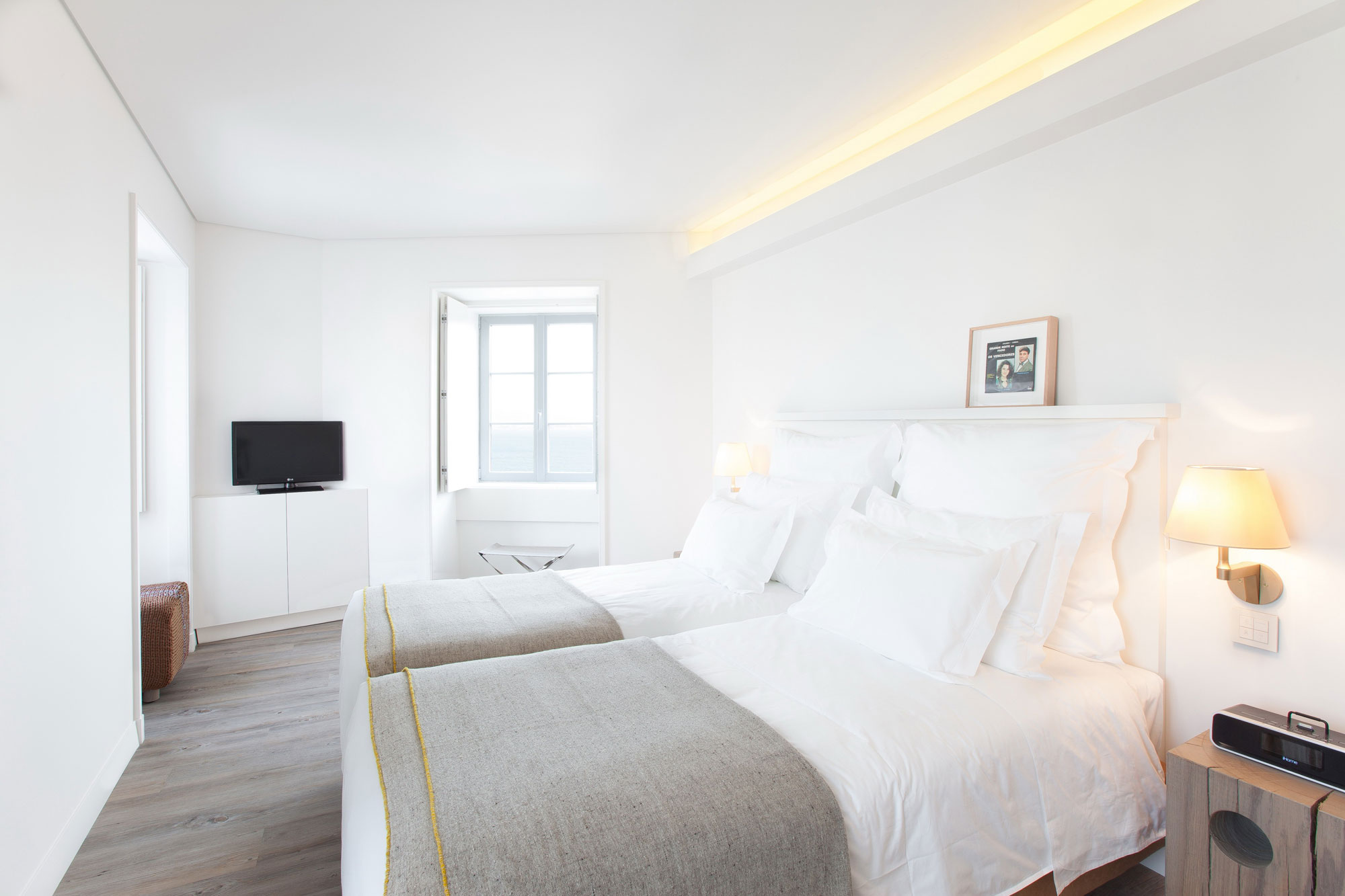 Bedroom Lighting, Boutique Hotel in the Heart of Alfama, Lisbon