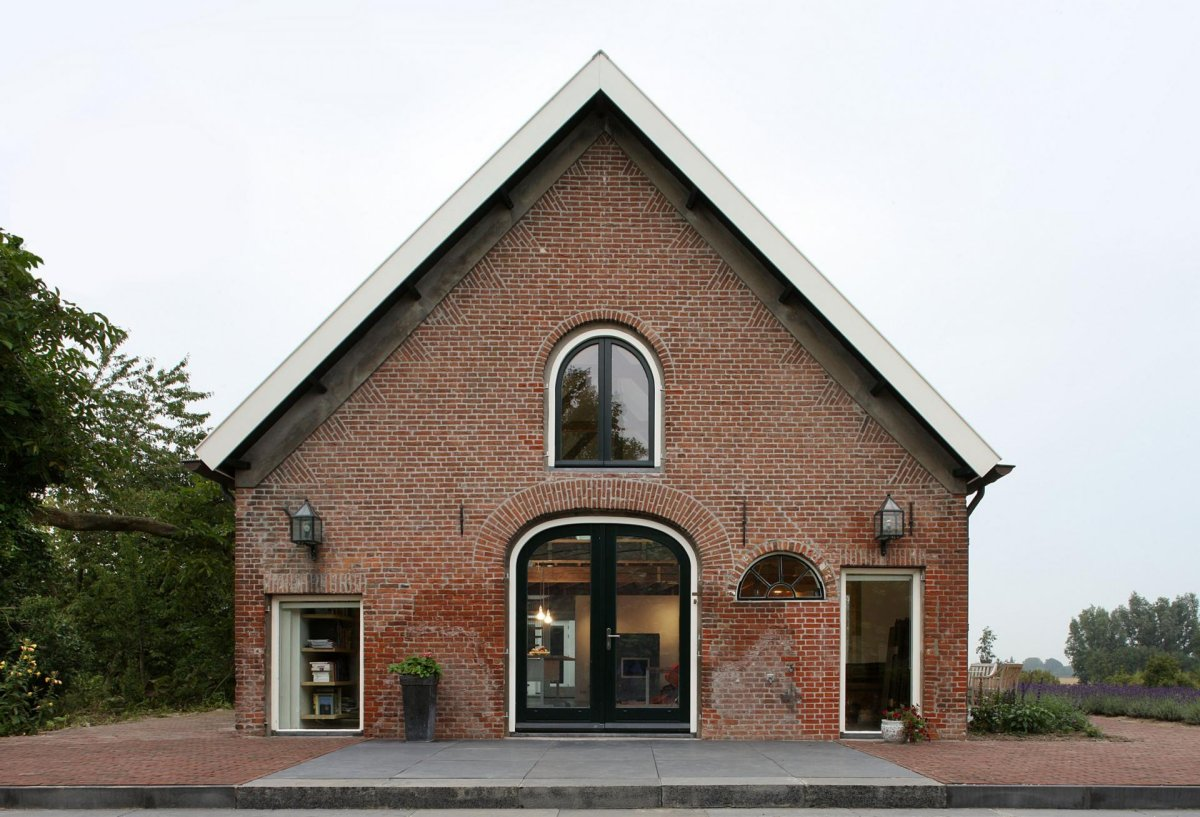 Front Facade, Barn Conversion in Geldermalsen, The Netherlands