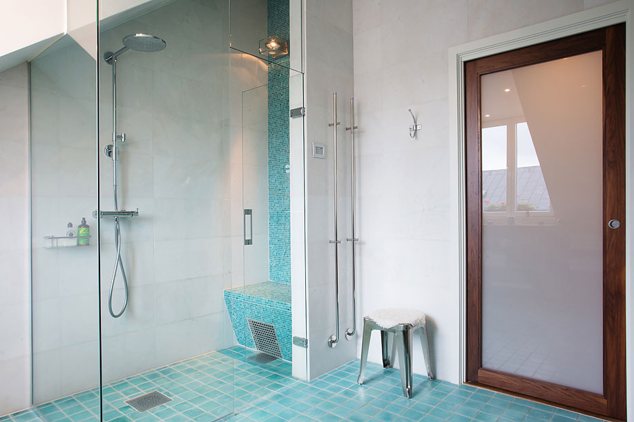 Glass Shower Door, Bathroom, Loft Apartment in Kungsholmen, Stockholm